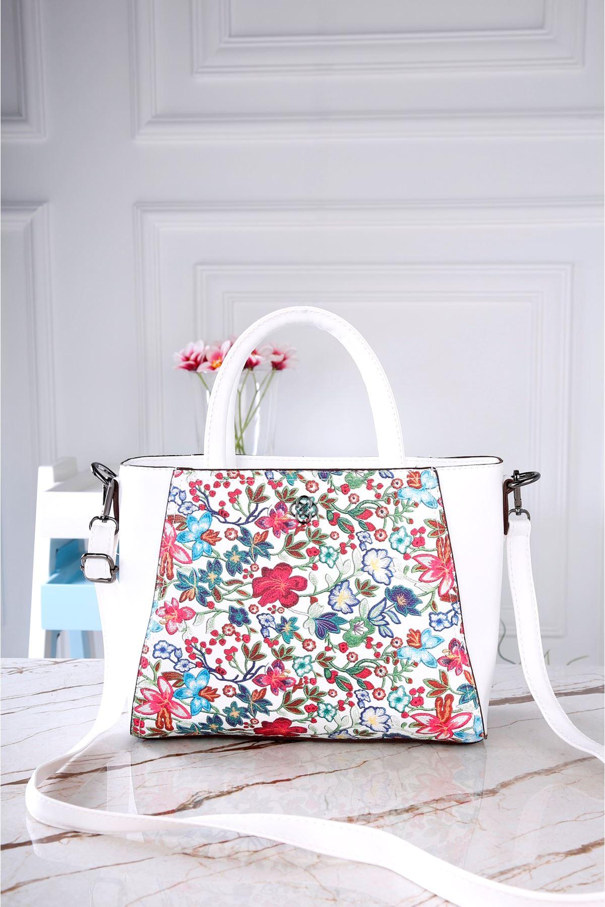 0019 Beyaz Çanta